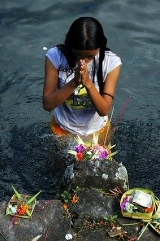 Ritual held to ask for  nature's forgiveness